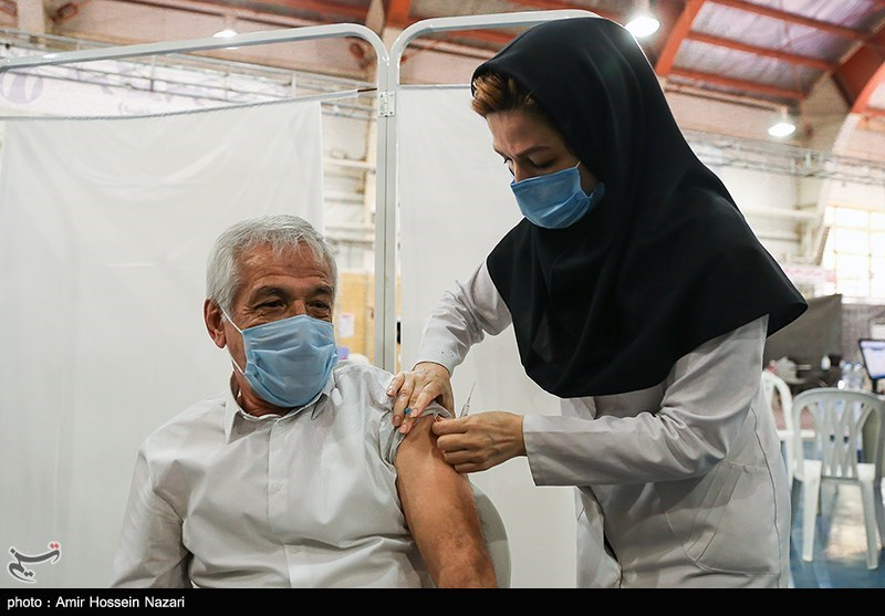 احتمال مرگ سالمندان واکسینه نشده 11 برابر بیشتر از واکسنزدههاست!