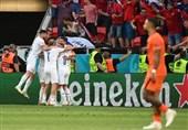 یورو 2020| اولین شگفتی جام با حذف هلند توسط چک/ «سندرم دست بیقرار» لالهها را پرپر کرد!