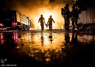 آتشسوزی انبار کالا در محدوده جاده مخصوص کرج