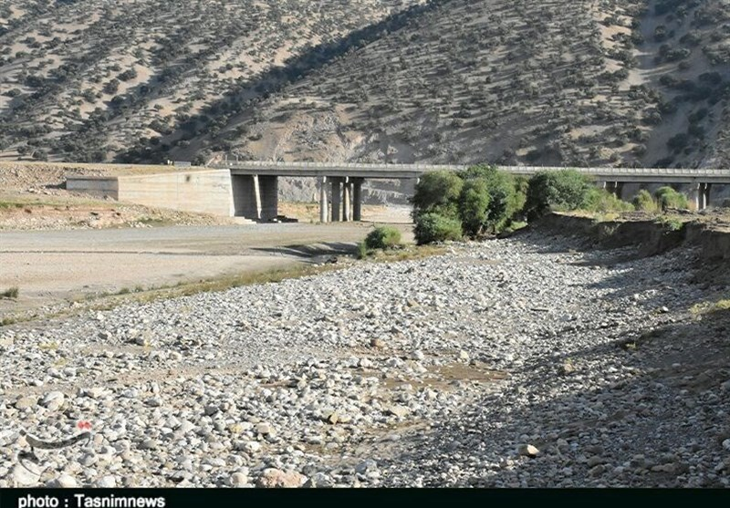 """وضعیت بحرانی آب در """"دشتها، رودخانهها و چاههای استان بوشهر / سطح ایستابی چاهها به شدت افت کرد"""
