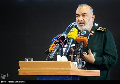 سرلشکر سلامی: از دستاورد بزرگ سپاه برای غلبه بر کمآبی رونمایی خواهد شد