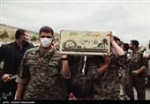 ورود پیکر 43 شهید دفاع مقدس به کشور+عکس و فیلم