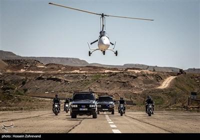 اجرای مانور توسط واحدهای رهایی گروگان و گردان هوایی یگان ویژه فاتحین