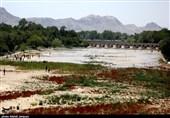 پلهای تاریخی و آثار بینالمللی اصفهان در آستانه ریزش هستند/ ضرورت توجه ملی به موضوع زایندهرود