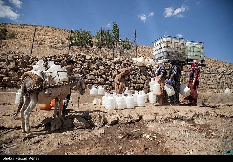 محرومیت در نقطه صفر مرزی اردبیل  مردم به سختی گذران زندگی میکنند / ندای العطش اهالی آزادلوی گرمی بلند شد + فیلم