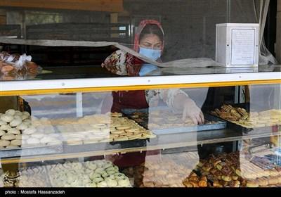 یکی از شیرینی فروشی های شهرستان آق قلا در آستانه عید قربان