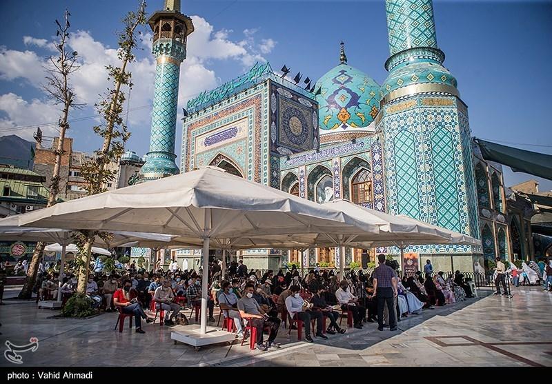 اقامة مراسم قراءة دعاء عرفة للامام حسین (ع) فی طهران وسائر المدن الایرانیة +صور