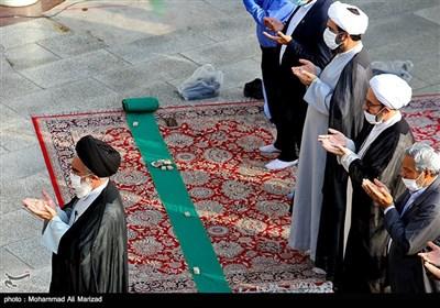 نماز عید قربان در حرم حضرت معصومه (س)