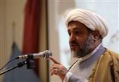 امام جمعه موقت ایلام: پیام دفاع مقدس برای نسل امروز مدیران ایستادگی، اقتدار و تفکر جهادی است