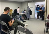 المپیک 2020 توکیو| روند کُند بررسی مدارک خبرنگاران در اتاقی بدون تهویه مناسب + فیلم