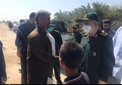 فرمانده کل سپاه: همیشه در کنار مردم خوزستان هستیم / دستور الحاق تانکرهای جدید آبرسانی صادر شد / تا پایان تنش آبی در منطقه میمانیم