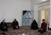 مسئول نماینده ولی فقیه در سپاه استان زنجان با خانوادههای معظم شهدا دیدار کرد