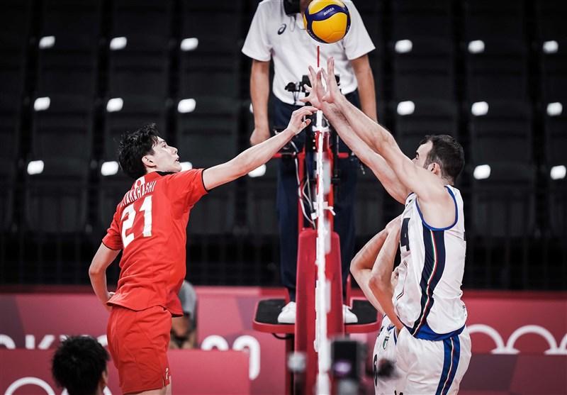 المپیک 2020 توکیو| شکست تیم ملی والیبال ژاپن مقابل ایتالیا/ آتزوری، بیخ گوش ایران + جدول