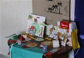 بستههای شادی به دست کودکان مناطق حاشیهنشین ارومیه رسید