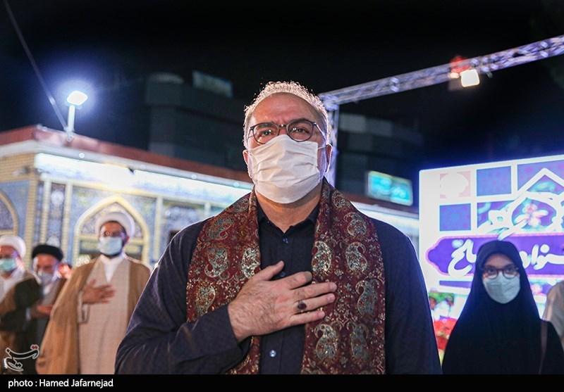 فرهاد قائمیان بازیگر سینما و تلویزیون در مراسم اختتامیه جشنواره بزرگ صالح