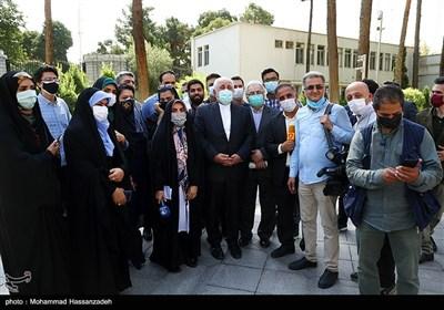 محمدجواد ظریف در حاشیه آخرین نشست هیئت دولت دوازدهم