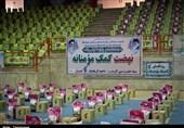 320 هزار بسته کمک مومنانه در استان کرمانشاه توزیع شد + تصاویر