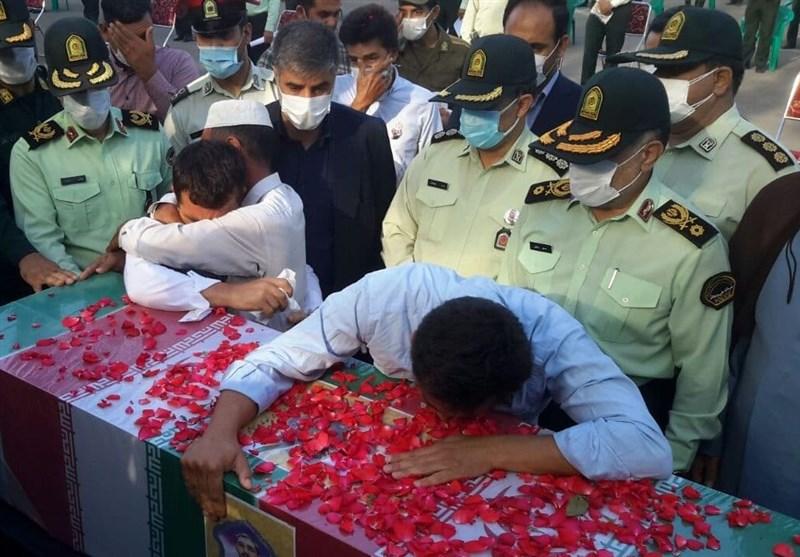 پیکر سرباز شهید دهه هشتادی پلیس در ستاد فاتب تشییع شد + تصاویر