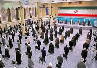 رهبر معظم انقلاب در مراسم تنفیذ: تشکیل کابینه جدید به تاخیر نیفتد/ دولت مردمی به معنای واقعی کلمه محقق شود
