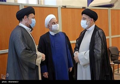 در حاشیه مراسم تنفیذ حکم ریاست جمهوری دوره سیزدهم در حسینیه امام خمینی(ره)