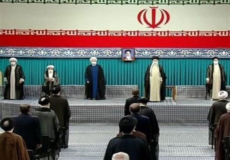 بدء مراسم تنفیذ قائد الثورة الإسلامیة حکم تولی ابراهیم رئیسی الرئاسة الإیرانیة +صور