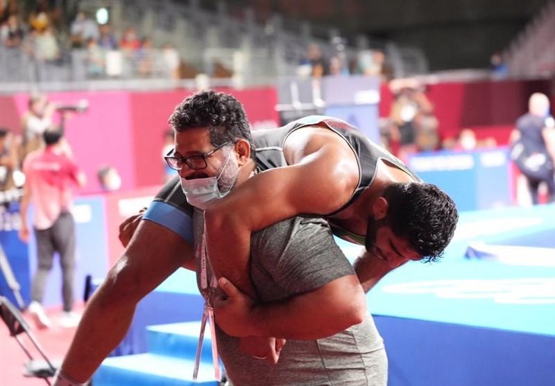 Greco-Roman Wrestler Saravi Wins Iran's First Medal in Wrestling