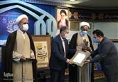 انتقادات به نحوه انتخاب خادمان قرآن ادامه دارد/ صالح مدرسهای: لیست اصلی را تغییر دادند
