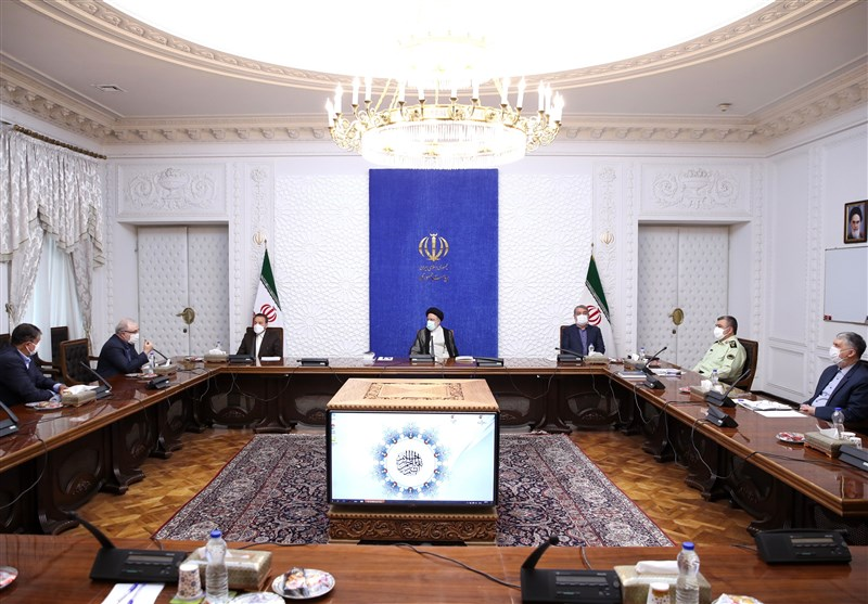 Iran's New President Briefed on COVID Situation in First Meeting