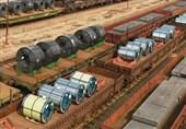 با تلاش کارکنان فولاد مبارکه محقق شد: ثبت رکورد بارگیری و حمل ریلی تختال صادراتی در تیرماه 1400