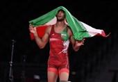 المصارع الایرانی یفوز بالمیدالیة الذهبیة للمصارعة الرومانیة فی طوکیو