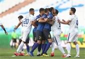 جام حذفی فوتبال  برتری گلگهر مقابل استقلال در نیمه اول