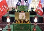 پرچمهای متبرک رضوی به هیئتهای عزاداری حسینی اهدا میشود