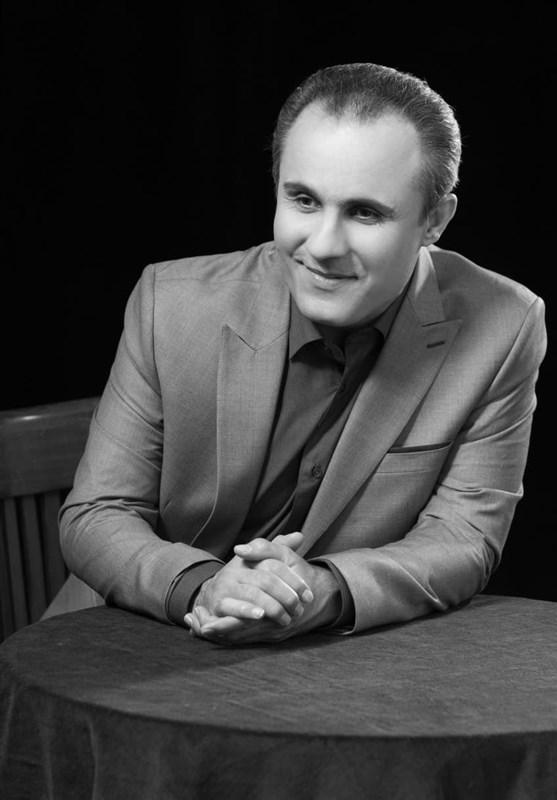 """""""نخستین نگاه"""" فریدون مشیری به روایت موسیقی گفتار + صوت"""