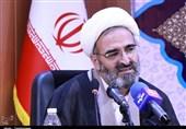 امامجمعه سمنان: تغییر استانداران و فرمانداران تسریع شود