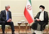 Iranian President Calls for Evolving Ties with Belarus