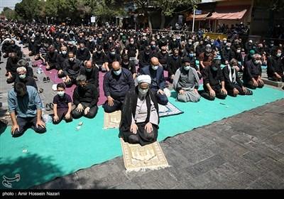 اقامه نماز ظهر عاشورا در قزوین