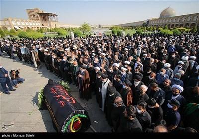 تشییع پیکر آیت الله سیدکمال فقیه ایمانی - اصفهان