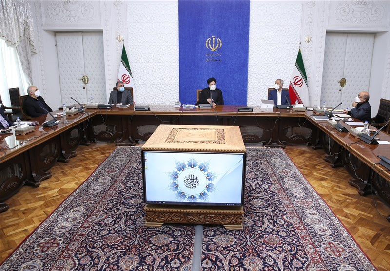 President Stresses Removal of Obstacles to Boosting Iran's Non-Oil Exports
