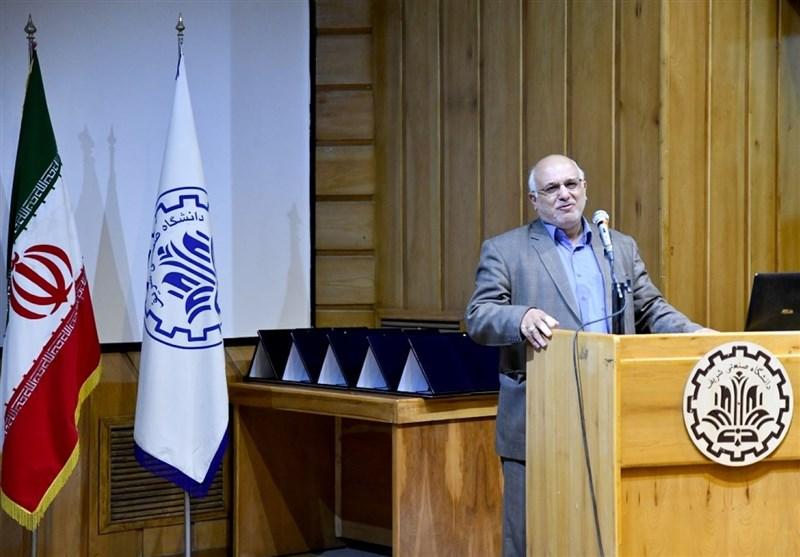ایران پیشگام عرصه فناوری نانو در حوزه کرونا/ کاهش ۵۰ درصدی بودجه ستاد فناوری نانو در دولت روحانی!