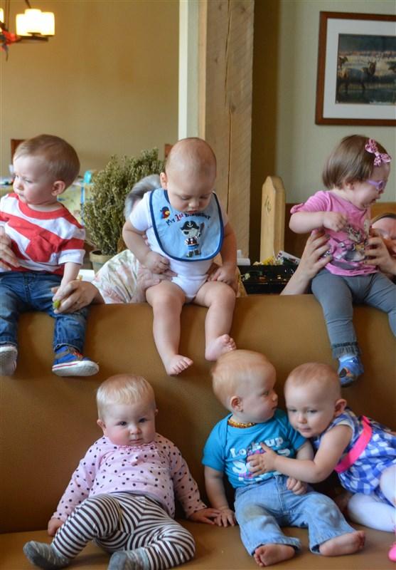 کاهش جمعیت , سیاستهای تشویقی برای فرزندآوری , تکفرزندی ,