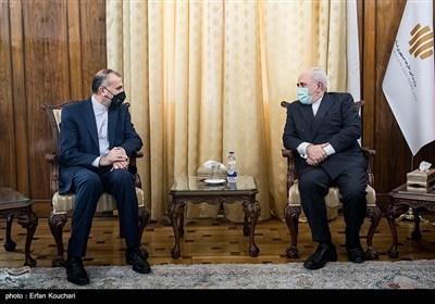 وزیر الخارجیة الجدید یودع ظریف