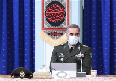 امیر آشتیانی: اولویت ما تقویت توان رزم نیروهای مسلح و ارتقای سامانههای دفاعی است