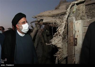 حضور و گفتگوی رئیس جمهور با حاشیه نشینان شهر چابهار