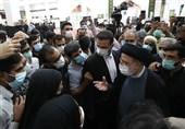 رئیس جمهور: بنا دارم سفرهای استانی را به دور از هرگونه تشریفات انجام دهم/ فقر و تبعیض در ایران پسندیده نیست / تصمیمات کارآمدتر برای رفع مشکلات میگیریم
