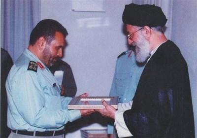 دستخط تقدیرِ فرمانده کل قوا از سرلشکر فیروزآبادی در سال ۷۴+ عکس