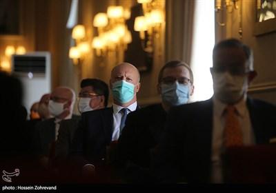 نشست روسای نمایندگان سیاسی خارجی با وزیر امور خارجه