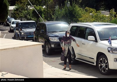 الاجتماع الأول لوزیر الخارجیة الإیرانی مع السفراء الأجانب فی طهران