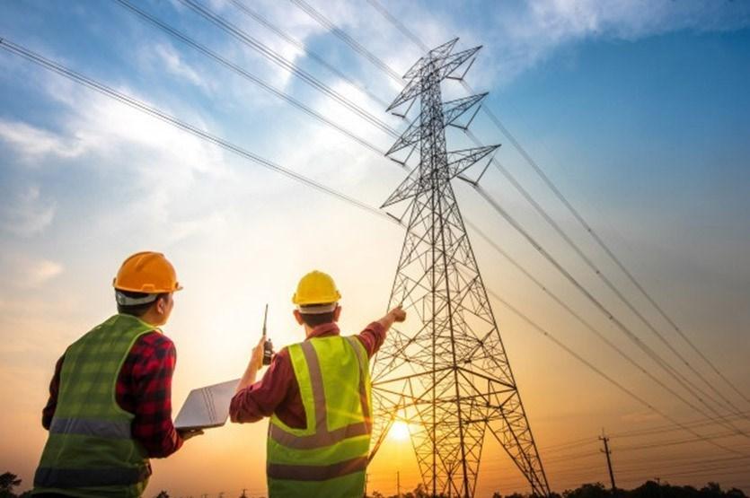آخرین فرصت های استخدامی برای مهندسان برق در ایران تلنت (شهریور 1400)
