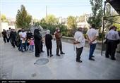 پایگاه واکسیناسیون رانندگان تاکسی کرمانشاه در اختیار عموم مردم قرار گرفت