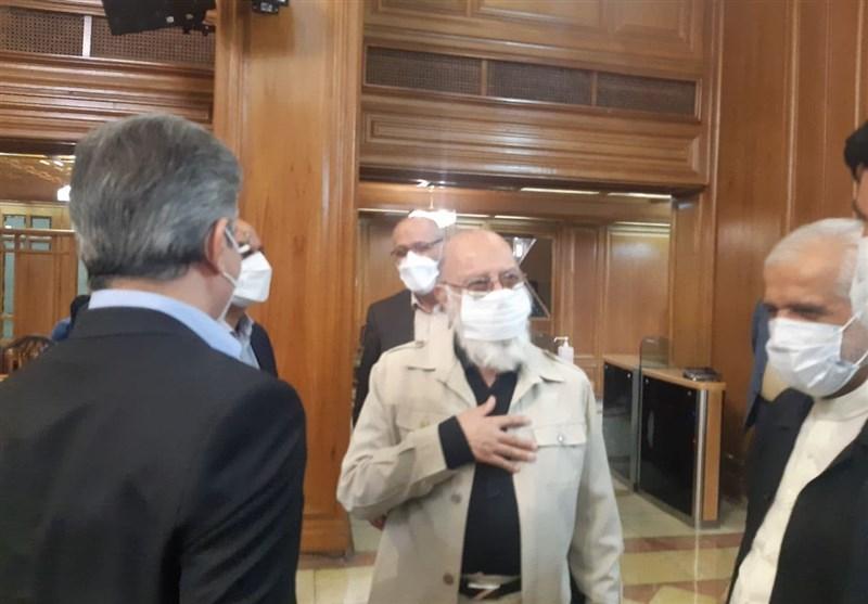 حضور مجدد مهدی چمران پس از پایان دوره درمانی در صحن شورای شهر